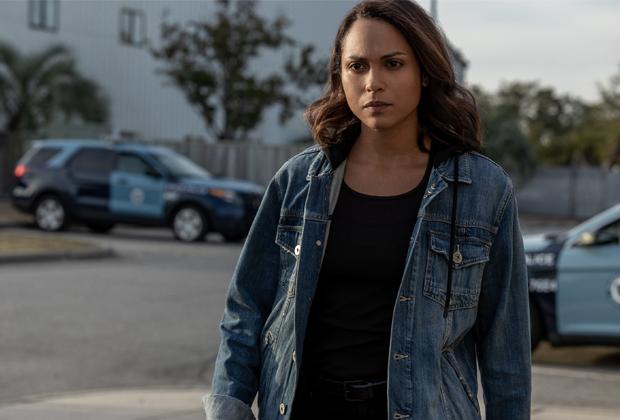 Monica Raymund de Hightown présente la lutte de Jackie contre la sobriété et «l'obsession de l'esprit» dans la saison 2