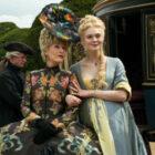 The Great Season 2: Gillian Anderson est une mère royale dans les premières photos