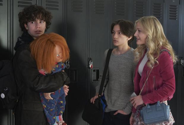 Chucky Cast parle des accrochages hors écran «effrayants» avec Killer Doll et réfléchit à rejoindre l'héritage du jeu d'enfant