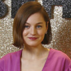 Emma Corrin fera la une de Knives Out-Like FX Mystery des créateurs d'OA